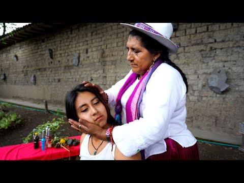 Doña Rosa Limpia Espiritual (Spiritual Cleansing) And ASMR Massage & Neck Cracking, Cuenca, Ecuador