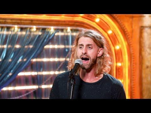 "Watch JESUS CHRIST SUPERSTAR Tour Frontman Aaron LaVigne Perform ""Gethsemane"""
