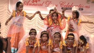 Sasikala charthiya  TinyTots School Roadmukku dance