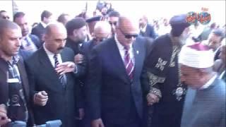 أخبار اليوم | محافظ مرسى مطروح يستقبل البابا تواضروس اثناء زيارته للمحافظة