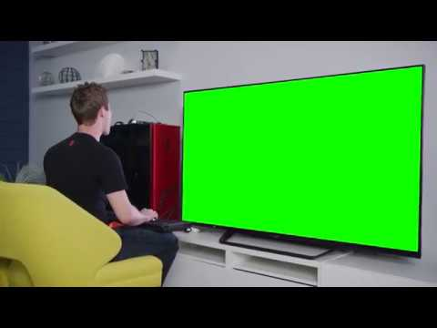 Linus experiences 8k graphics (green screen)