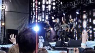 JLS - Umbrella LIVE [HQ]