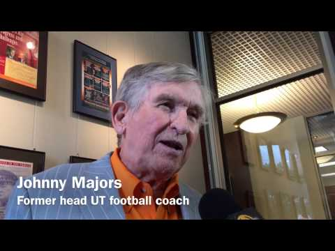 Johnny Majors remembers Sen. Howard Baker