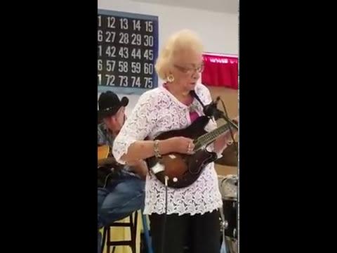 1 Mandolin Lesson : Amazing Grace Melody