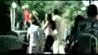police ne mara,dande dande pitaya chappal se pitaya tere bin...