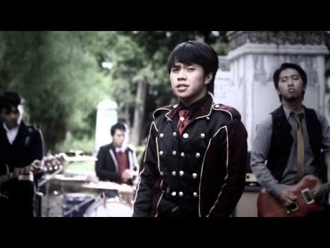 Download lagu gratis Davinci - Rindu Merana (Official Music Video) mp3 di GudangLagu.Org