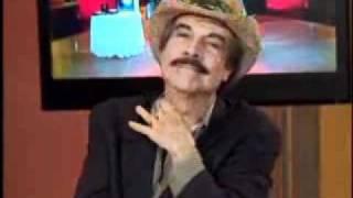 SuperXclusivo 6/30/11 - Héctor Travieso pone un huevo