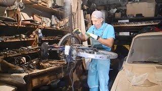 Радикальный ремонт велосипеда,без компромисов(В этом видео показано как кардинальным образом произвести ремонт велосипеда и не только,у которого от боль..., 2015-10-18T08:13:29.000Z)