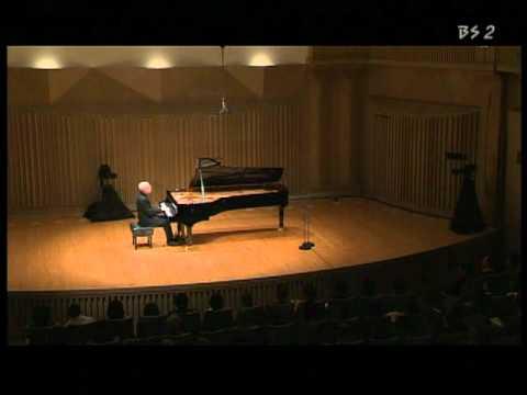 Vladimir Feltsman Plays Schumann Arabesque Op.18