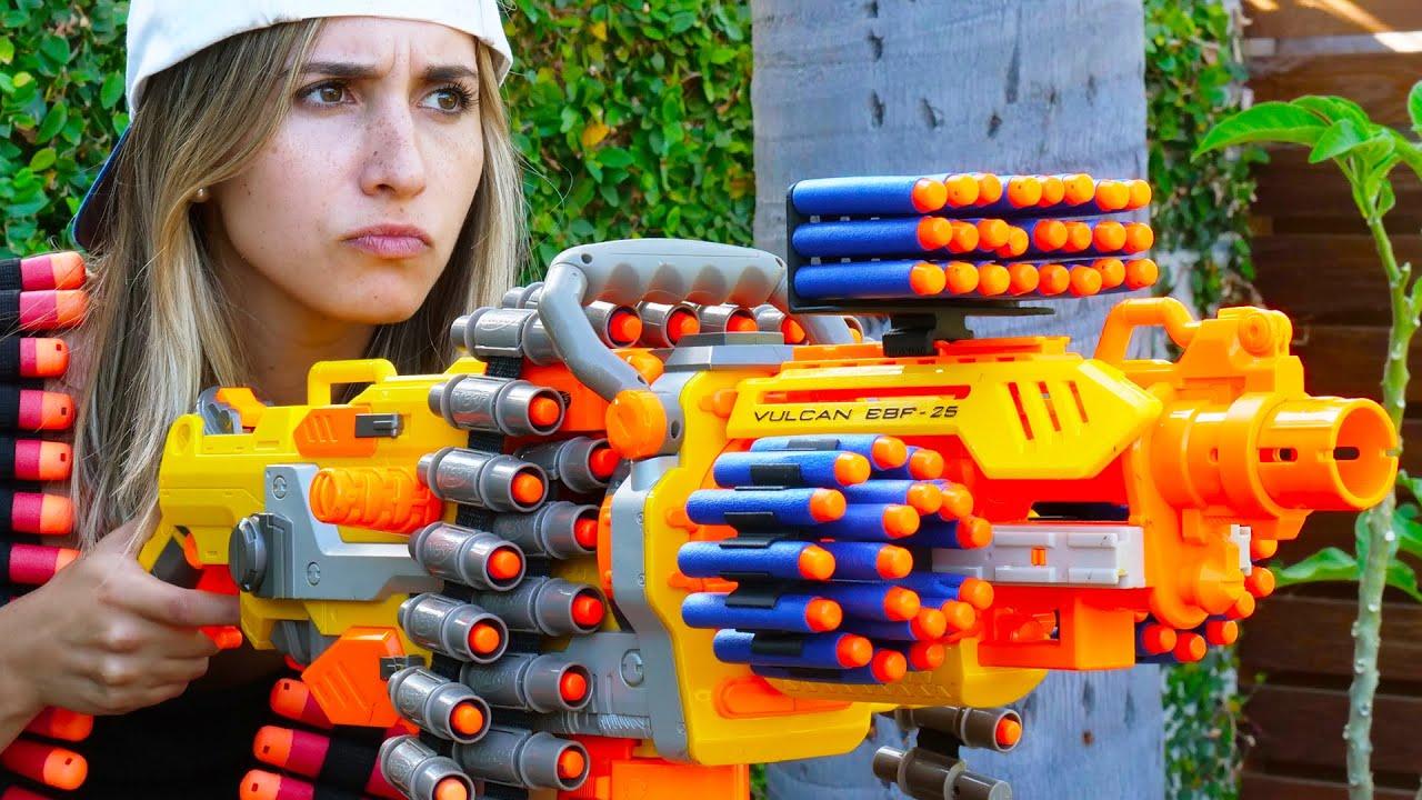 Download Nerf War: 7 Million Subscribers