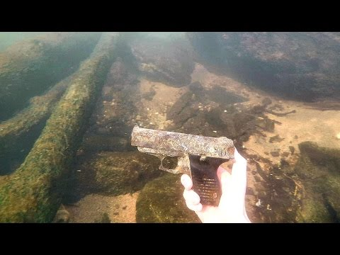 Found Possible Murder Weapon Underwater in River! (Police Called) | DALLMYD