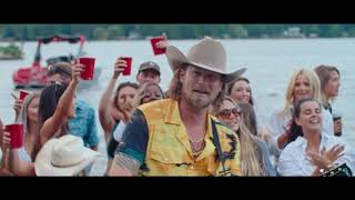 Brian Kelley - Sunburnt, Barefoot & In Love (Official Music Video)