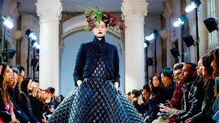 Noir | Fall Winter 2018/2019 Full Fashion Show | Exclusive