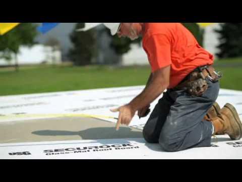 Instalación del tablero para techos de fibra de vidrio Securock® de USG