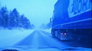 CRASHES AT SLIPPERY CONDITIONS RAIN  WINTER  SNOW
