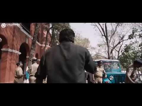 Vijay Sethupathi Mass Intro Scene In Vikram Vedha