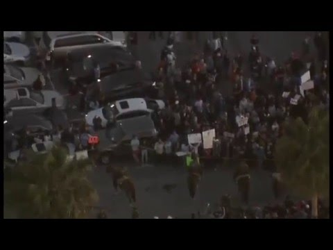 Trump protesters turn violent in Costa Mesa
