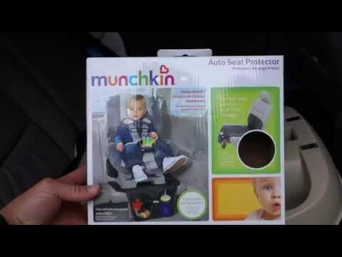 Non Skid Textured Surface Munchkin Auto Seat Protector
