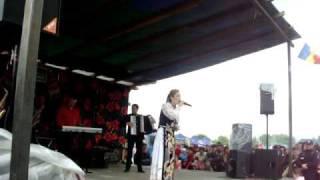 Repeat youtube video 1 mirela petrean la ,, masurisul oilor de la pria ,,  jud salaj editia 2010
