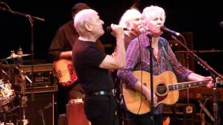 Graham Nash & Allan Clarke (former Hollies) sing Bus Stop with David Crosby