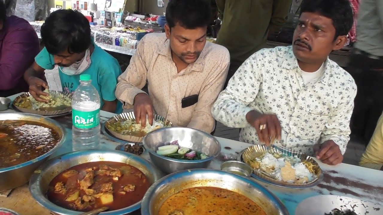 Roadside Street Food   Mangso Bhat ( Rice with Fish Mutton ) 90 Rs Plate   Indian Street Food