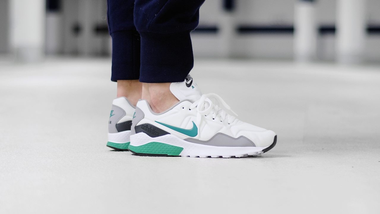 NIKE AIR ZOOM PEGASUS 92 / 844652 102 - MATE