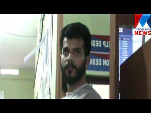 Gang freed ganja case accuses from excise custody | Manorama News