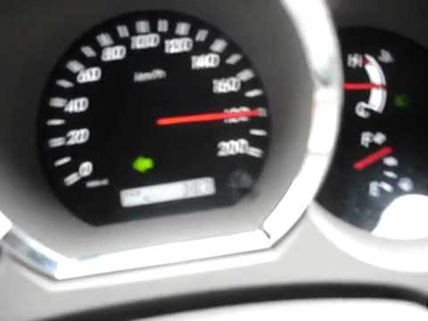 Diesel Engine Working >> Toyota Hilux 3.0 D4D Max Speed - YouTube