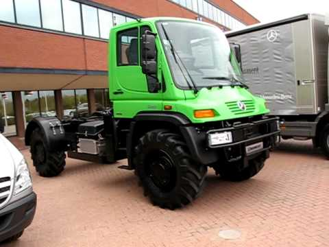 Mercedes Unimog U400 walkaround - YouTube