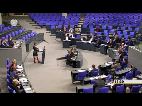 Anke Domscheit-Berg, DIE LINKE: Für ein Ende der Wartemarken, Funklöcher und Tafelkreide!
