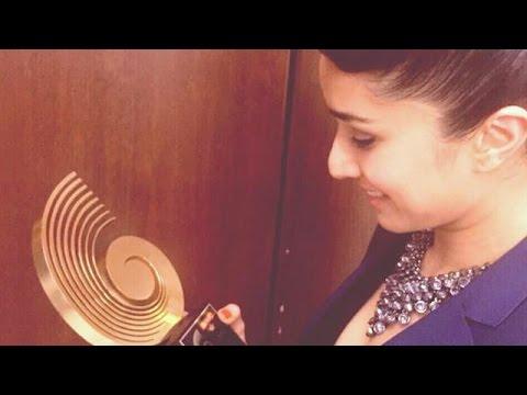 Shraddha Kapoor Wins Her Debut Award As Singer   GIMA Awards 2015