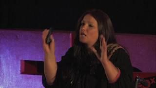 Ser feliz é uma escolha | Marta Canário | TEDxFCTUNL