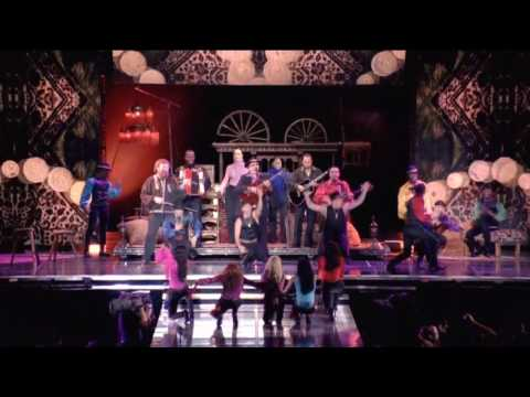 Madonna - La Isla Bonita [Sticky & Sweet Tour] HD