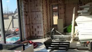 видео Вентиляция в частном доме: обзор вытяжной и приточной систем, монтаж, установка