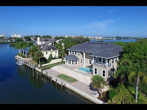 Epitome of High-Class Design in Sarasota, Florida