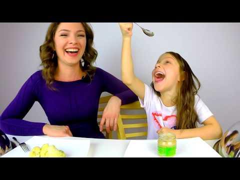 Детская ЕДА против ВЗРОСЛОЙ Челлендж Challenge / Вики Шоу