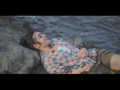Travel Film | Nikal Padti Hoon | Poem by Aishvary Shrivastava | Feat. Muskan Asthana | CMYK FILMS |