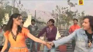 Whiskee sharab himachali song(video)..vickychauhan.mp4
