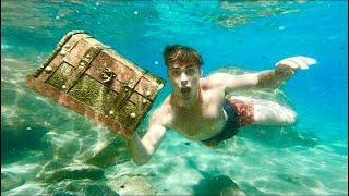 I FOUND A TREASURE CHEST UNDER THE LAKE!!