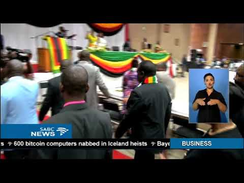 Mugabe in South Africa as political tensions mount in Zimbabwe