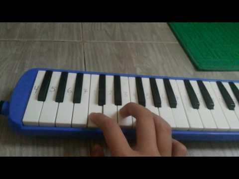 Lagu pileuleuyan (pianika)
