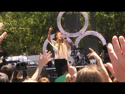 "Lauren Daigle ""No Longer Slaves / How Can it Be?"" Live at The FEST 2016"