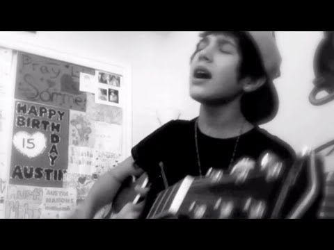 Somebody to love Justin Bieber cover - 15 yr old Austin Mahone live acoustic