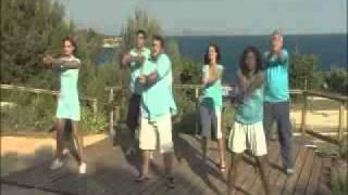 Vidéo la chorégraphie de l'hymne de Camping paradis