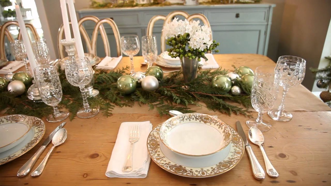 Gorgeous Dining Room Christmas Decorating Youtube