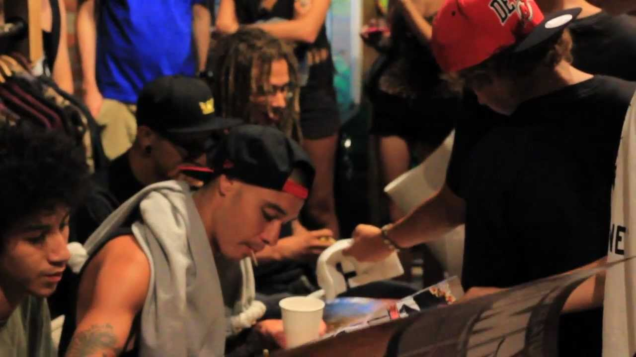 Supra Footwear Team Autograph Signing - YouTube 7d984fba7083