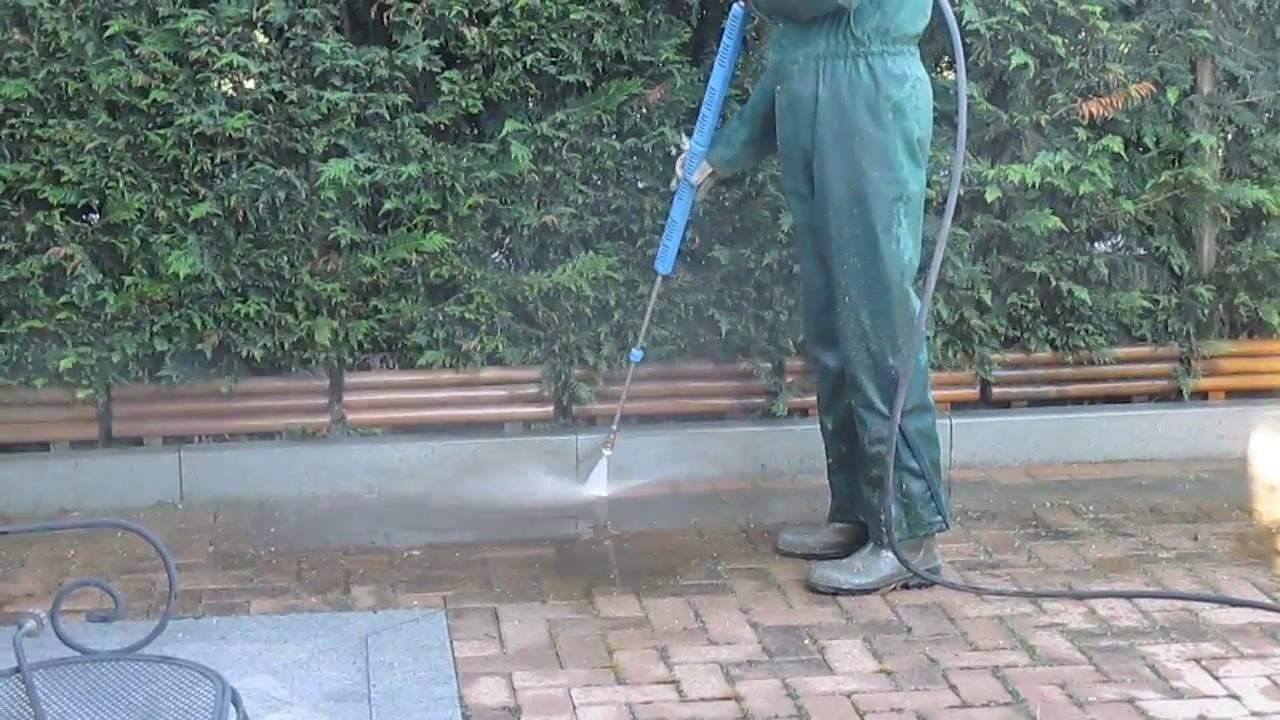 10 modi per eliminare le erbacce senza diserbanti chimici ...