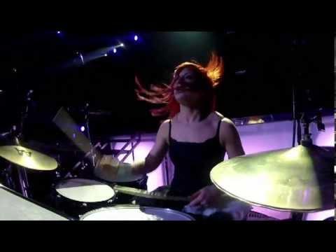 Skillet – Lucy (Awake & Live – Rise Deluxe DVD) (Winterjam Live 2012)