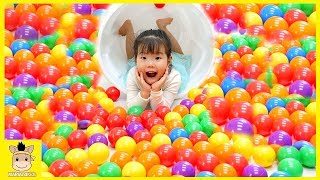 Learn colors with Baby and balls, Songs Finger Family and Nursery Rhymes for Kids | MariAndKids Toys