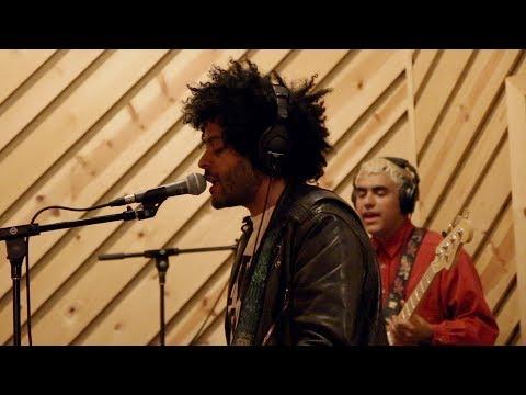 Twin Shadow – Saturday (LIVE) Mp3